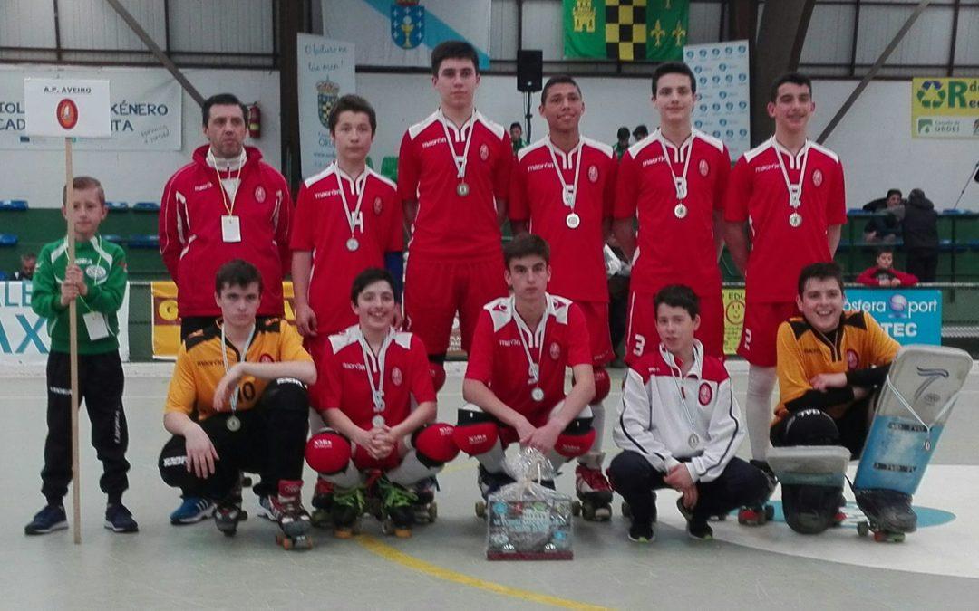 Hugo Pereira e Tomás Brás, dos sub15 do HCM, representaram a AP Aveiro no VII Torneio Luso-Galaico
